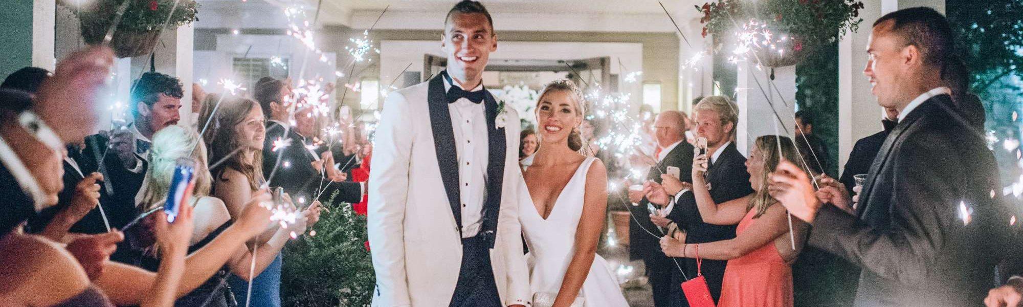 Sam Dekker Amp Olivia Harlan S Slam Dunk Door County Wedding