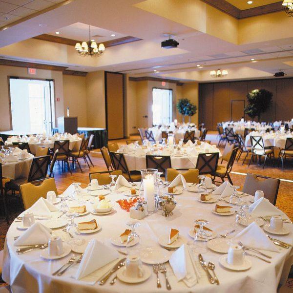 Wedding reception at the Stone Harbor Resort in Sturgeon Bay, WI