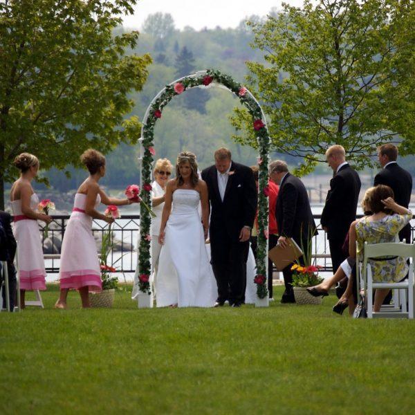 Wedding ceremony at the Stone Harbor Resort