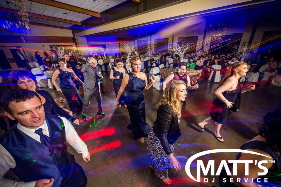 Dancing at a wedding | Matt's DJ Service