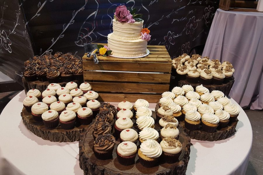 Weddings by Cupcake Couture- De Pere, WI