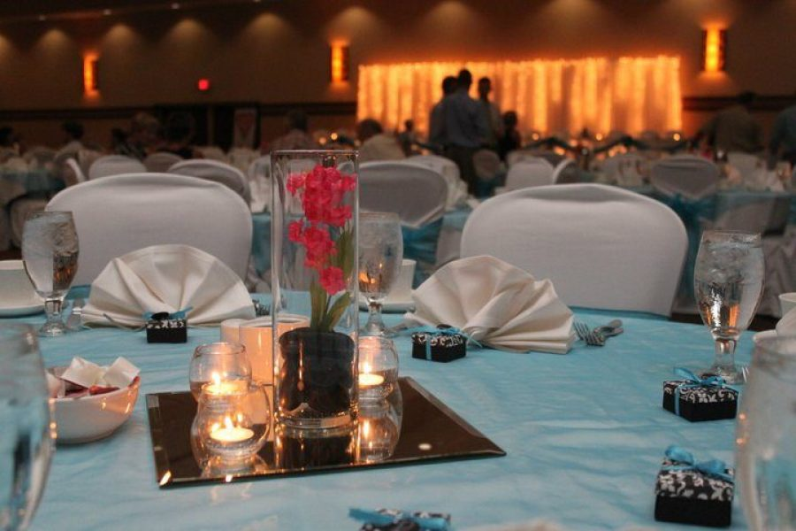Wedding centerpiece at Holiday Inn Stevens Point, WI