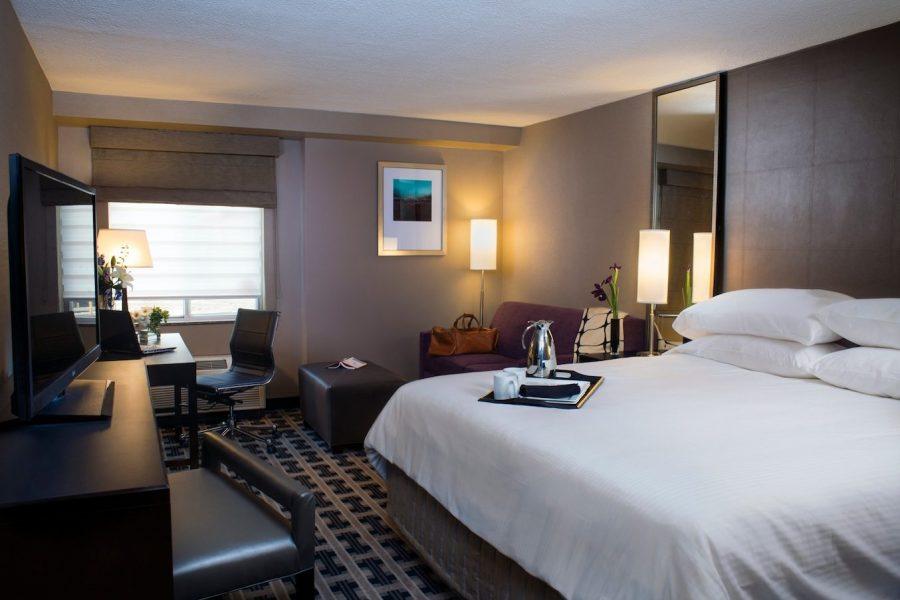Hotel Marshfield Guest Room