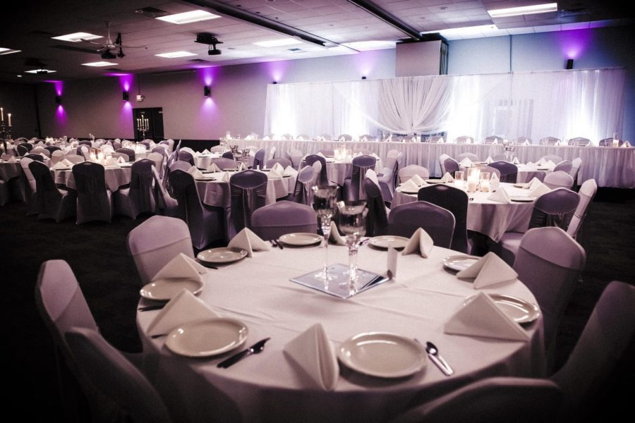 Elegant weddings in Green Bay at the Stadium View Banquet Hall