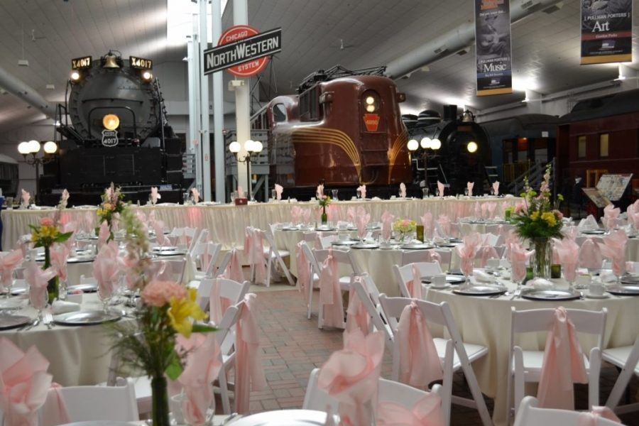 Wedding reception at the National Railroad Museum in Green Bay