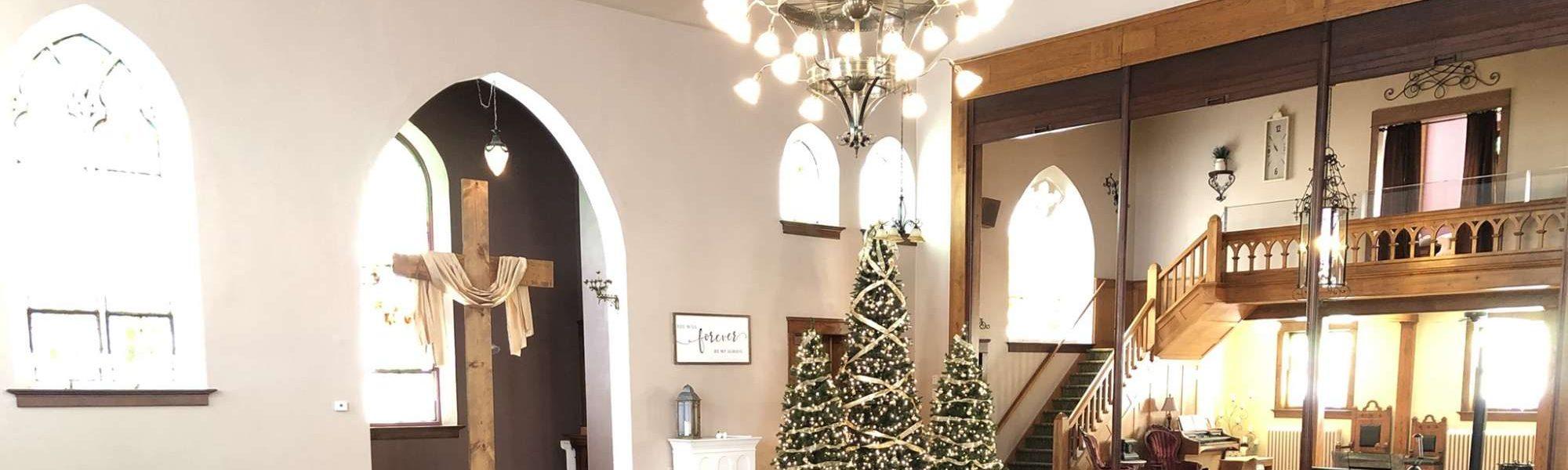 Devotions Wedding Chapel at Christmastime