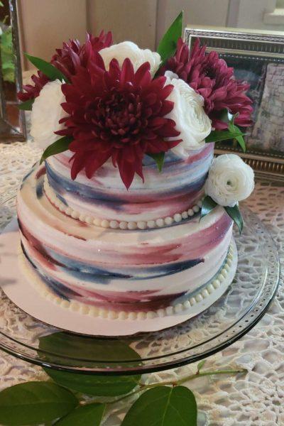 Modern wedding cake by Cupcake Couture
