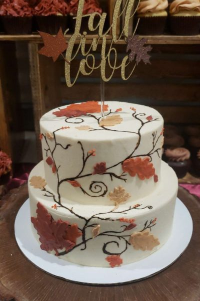 Fall foliage wedding cake by Cupcake Couture