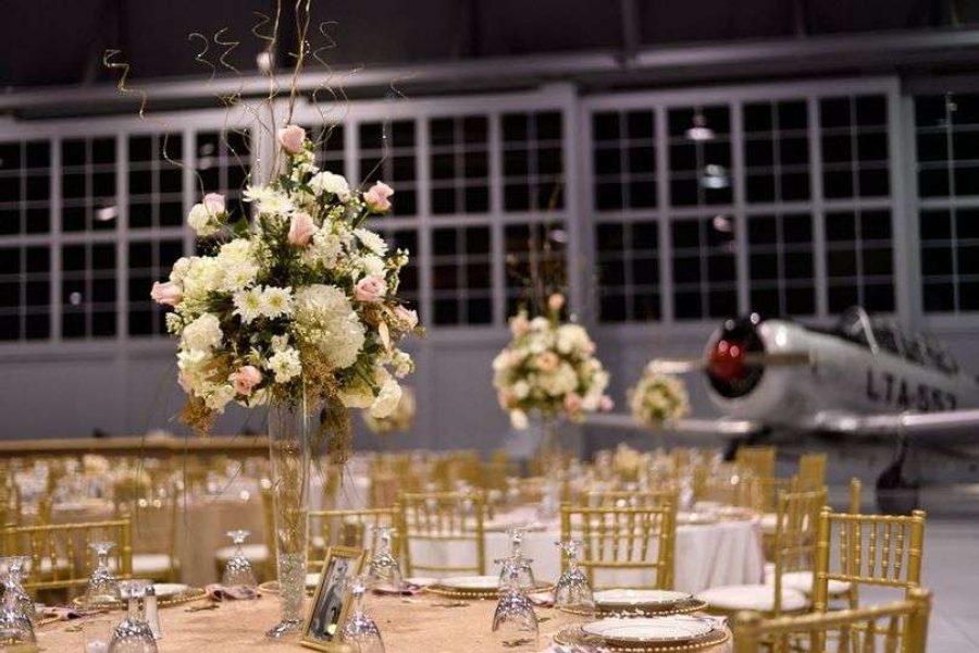 Wedding reception at the EAA Aviation Center in Oshkosh, WI