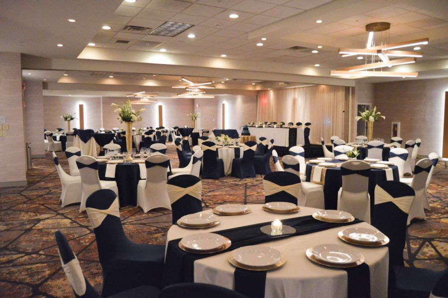 Wedding reception at the Delta Hotels by Marriott Green Bay