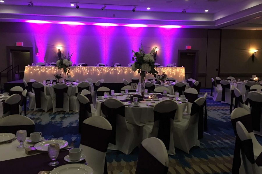Green Bay wedding Venue- Radisson Hotel and Conference Center in Green Bay