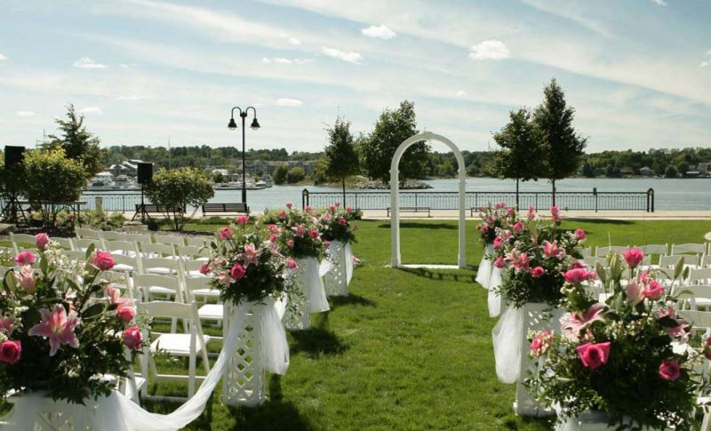 Wedding ceremony on grounds of Stone Harbor Resort