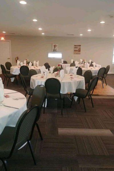 Fairway Room South at the Par 4 Resort