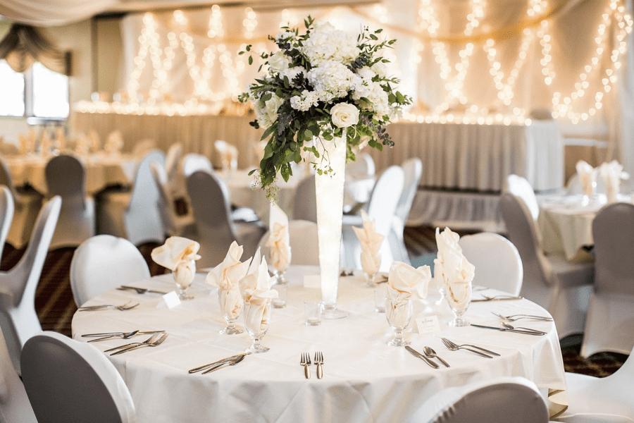 Elegant wedding in white at the Par 4 Resort in Waupaca, WI
