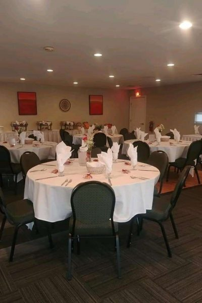 Ballroom Fairway East at the Par 4 Resort in Waupaca, WI