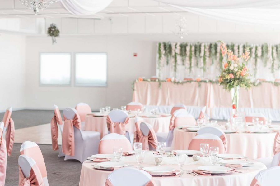 Wedding reception with pink & white linens at the Par 4 Resort in Waupaca, WI